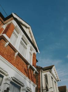 Guaranteed rent East London