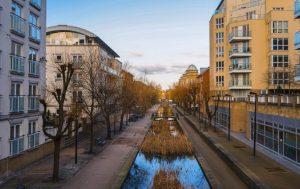 Guaranteed rent company Southwark